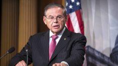 El senador Bob Menéndez descarta una intervención militar de EE.UU. en Cuba