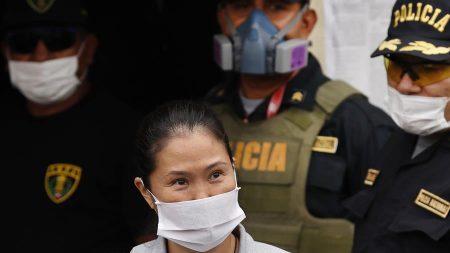 Keiko Fujimori sale en libertad bajo fianza y se somete a prueba de COVID-19