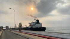 Petroleros iraníes rodean Cabo Buena Esperanza en ruta hacia Venezuela
