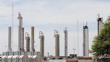 """EE.UU. promete a Repsol y otras petroleras """"sanciones devastadoras"""" si siguen operando en Venezuela"""