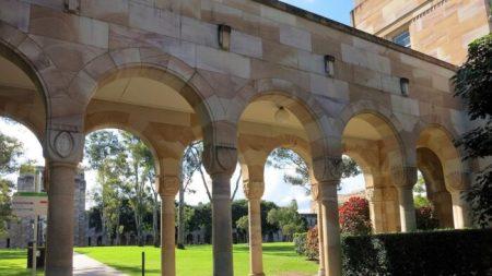 Abogado de activista anti-PCCh exige que cónsul chino sea despedido de universidad australiana