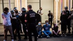 Fiscalía de Nueva York no imputará a manifestantes por delitos leves
