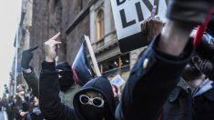Antifa: la red de revolucionarios violentos detrás de gran parte de los disturbios de hoy en día