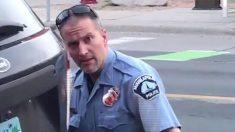 Derek Chauvin colocó su rodilla sobre George Floyd un minuto menos de lo reportado, dicen fiscales