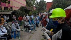 México eleva a 10 las muertes por el terremoto y ajusta a 7.4 su magnitud