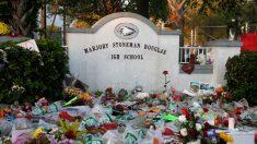 Gobernador de Florida firma ley para activar alertas de tiroteos en escuelas públicas