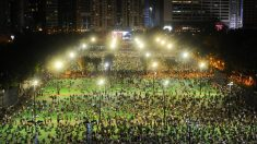Miles de hongkoneses desafían prohibición de la policía para conmemorar la Masacre de Tiananmen
