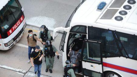 Beijing revisa la ley de seguridad nacional mientras se reavivan las protestas en Hong Kong