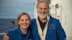 Primera mujer estadounidense en caminar por el espacio llega al punto más profundo del océano