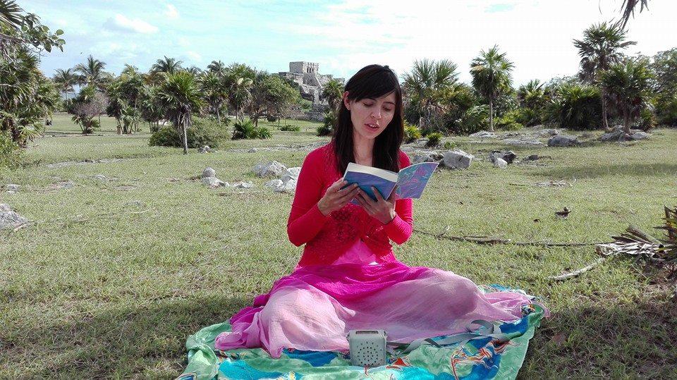 Jeny lee Zhuan Falun, el libro guía de la disciplina Falun Dafa en Tulum, México en 2016. (Cortesía de Jennifer Pascual)