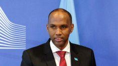 Parlamento somalí destituye al primer ministro tras desencuentros con el presidente