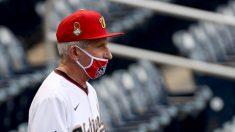 Fauci responde a críticas por quitarse la mascarilla durante un partido de béisbol