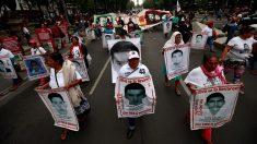 México detiene a primer militar por la desaparición de los 43 estudiantes de Ayotzinapa