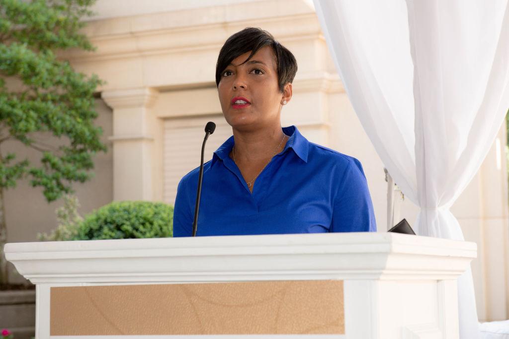 Alcaldesa de Atlanta no buscará la reelección