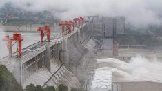 China: Fuertes inundaciones azotan Chongqing, luego de dejar 106 muertos o desaparecidos al sur