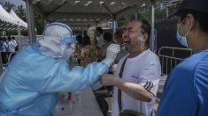 Residentes de Beijing denuncian severas restricciones por aumento de casos del virus del PCCh