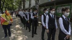 Empresa estatal china ordena a empleados participar en pruebas de vacuna para COVID-19: documento filtrado