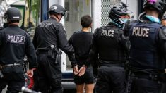Seattle: Alborotadores irrumpen en negocios, saquean y prenden fuegos