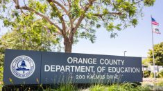Funcionarios del Condado de Orange debaten la forma más segura de reabrir las escuelas en otoño