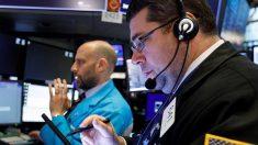 Wall Street cierra en verde y el Dow sube 0.43 % ante posible nuevo estímulo