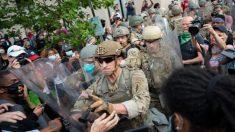 """Ejército investiga mensaje que afirma que eslogan """"MAGA"""" es signo de """"supremacía blanca"""""""