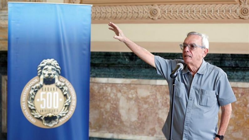 Fotografía de archivo del 12 de noviembre de 2018, del historiador cubano Eusebio Leal durante un acto en La Habana (Cuba). EFE /Ernesto Mastrascusa /Archivo
