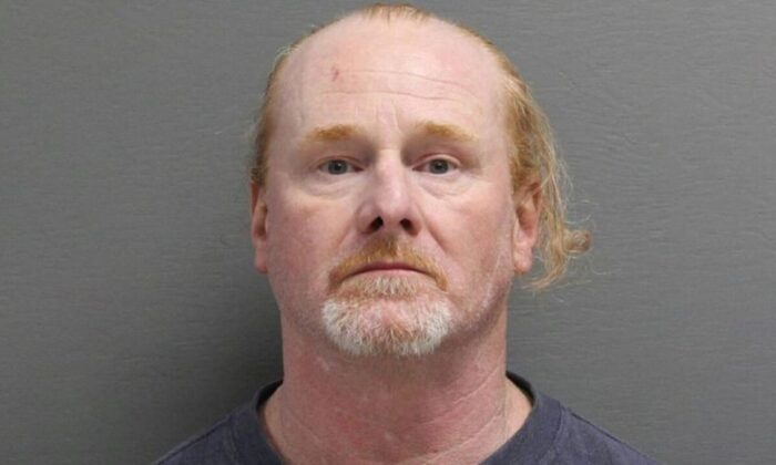 William Edward Miller Jr., de 51 años, de Great Falls, se declaró culpable de un cargo grave de abuso sexual de niños y de un cargo menor de falso testimonio a las autoridades. (Centro de Detención del Condado de Cascade)