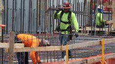 Sector construcción aumenta 158,000 empleos en junio y empleos en obras públicas disminuyen
