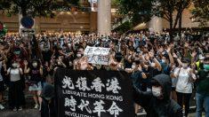 Autoridades de Hong Kong prohíben un eslogan popular de protesta, en la última restricción impuesta