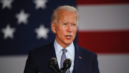 Biden y Trump recibieron millones de grandes firmas que obtuvieron préstamos PPP para pequeñas empresas
