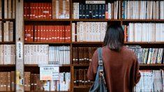 Libros prodemocracia de bibliotecas hongkonesas son revisados ante la Ley de Seguridad de Beijing