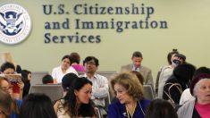 Cámara aprueba proyecto de ley para evitar licenciar a 13,000 empleados de inmigración federal