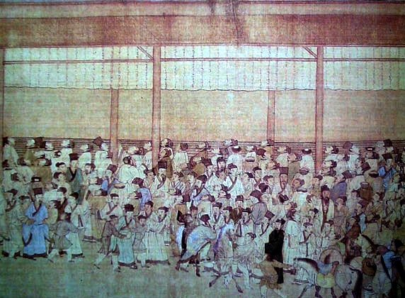 Yu Liangchen deseaba convertirse en un erudito-burócrata, algo que solo se podía conseguir aprobando el examen de la administración pública. Aquí los candidatos al examen se reúnen para ver los resultados del mismo. Una pintura de Qiu Ying, alrededor de 1540. (Dominio público)