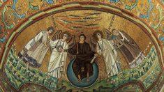 ¿Cuáles son los orígenes de las catedrales y capillas?