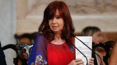 "Cristina Fernández demanda a Google por aparecer como ""ladrona de la nación"" en buscador"