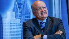 El CEO de Ford se retira en medio del plan de reestructuración de la empresa