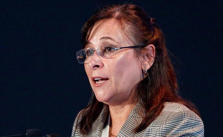 Fotografía de archivo del 4 de junio de 2019, de la secretaria de Energía de México, Rocío Nahle, durante su participación en un foro en Ciudad de México (México). EFE/José Méndez