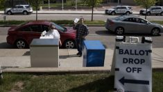 Activistas demandan a Ohio para que añada más buzones para votos