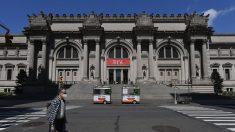 Policía evacúa el Met de Nueva York por el hallazgo de un paquete sospechoso