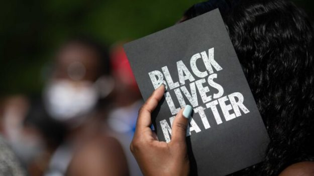 """Barr: a los de Black Lives Matter """"no les interesan las vidas de los negros, les interesan los accesorios"""""""