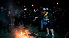 Policía de Portland declara como motín ataques de alborotadores que dejan oficiales heridos