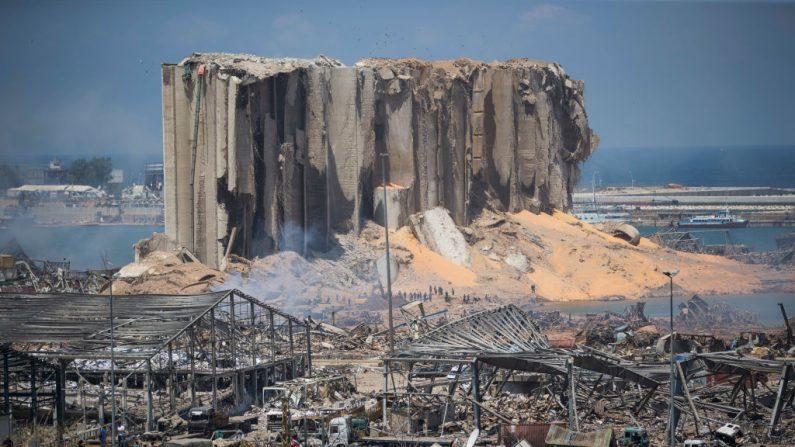 Se ven los edificios destruidos un día después de una explosión masiva ocurrida en el puerto el 5 de agosto de 2020 en Beirut, Líbano. (Daniel Carde/Getty Images)