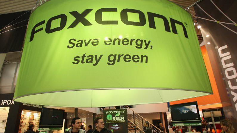 El stand del gigante taiwanés de electrónica Foxconn el 4 de marzo de 2008 en Hannover, Alemania. (Sean Gallup/Getty Images)