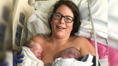 Mamá se sorprende al recibir una gemela sorpresa dos minutos después del nacimiento de su hija