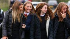 Un futuro de oportunidades peligra si los niños pierden la escuela por miedo al virus, dice gobierno británico