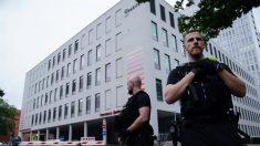 Merkel visitó al opositor ruso Navalni en el hospital de Berlín