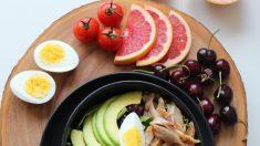 Comer más plantas y menos carne reduce la presión arterial, según estudio
