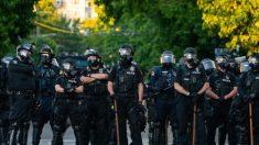 Ayuntamiento de Seattle trabaja en la desfinanciación de la policía