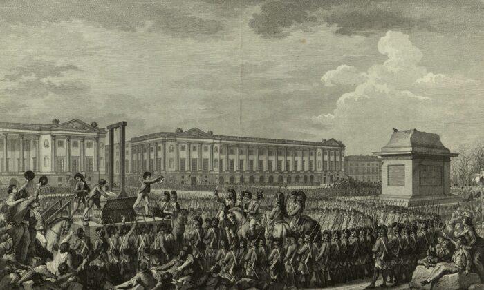La ejecución de Luis XVI durante la Revolución Francesa. El pedestal vacío frente a él había sostenido una estatua de su abuelo, Luis XV, derribada durante uno de las muchas revueltas revolucionarias. (Dominio Público)
