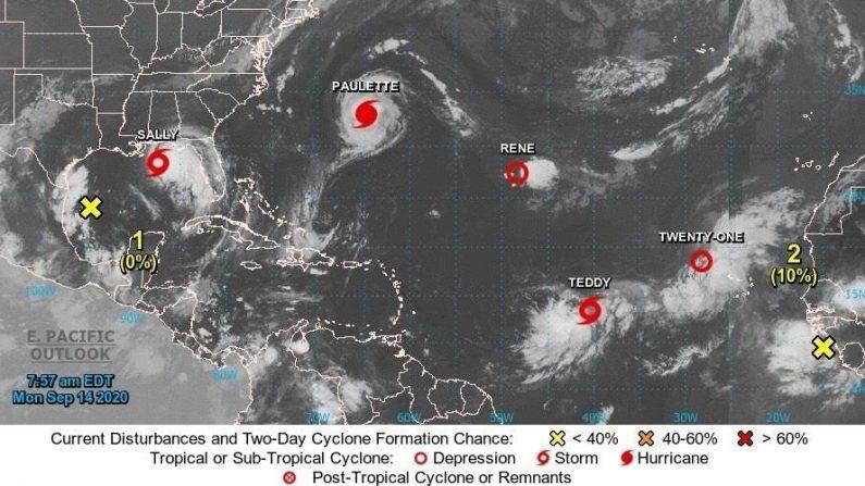Imagen satelital cedida el 14 de septiembre de 2020 por la Oficina Nacional de Administración Oceánica y Atmosférica (NOAA) de Estados Unidos por vía del Centro Nacional de Huracanes (NHC), donde se muestra la localización del huracán Paulette, las tormentas tropicales Sally y Teddy y las depresiones tropicales Rene y la Veintiuno en el océano Atlántico. EFE/ NOAA-NHC